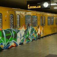 kevin-schulzbus_berlin-metro-graffiti_06