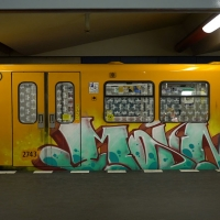 kevin-schulzbus_berlin-metro-graffiti_11
